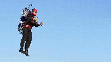 Photo of Incontri ravvicinati nei cieli di Los Angeles: avvistato un uomo volante