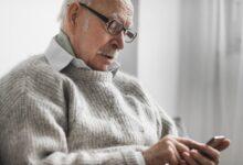 Photo of L'anziano e la non autosufficienza digitale fra SPID, PIN, PUK, App e Url